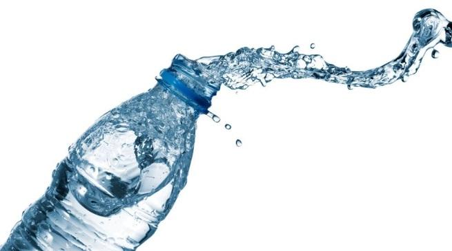 bottiglia acqua basket