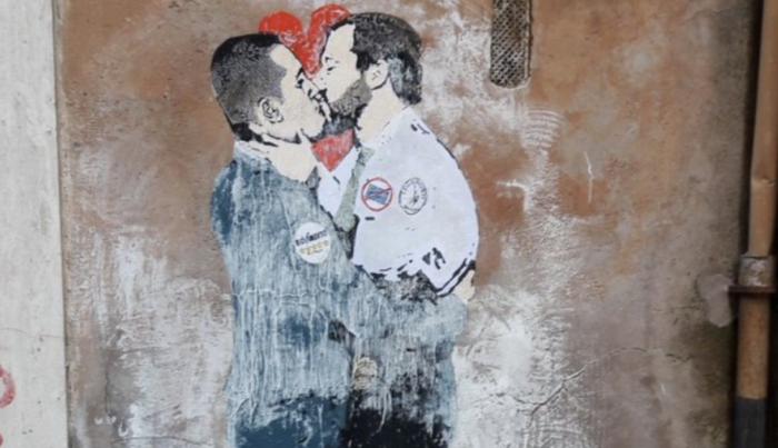 bacio di maio salvini